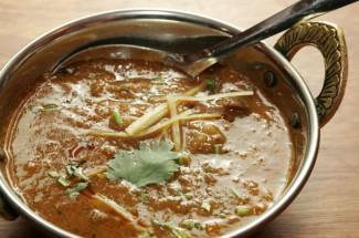 ネパールの山羊肉カレー